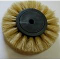Щетка средней жесткости на пластмассовом диске 4-рядная д-70 мм